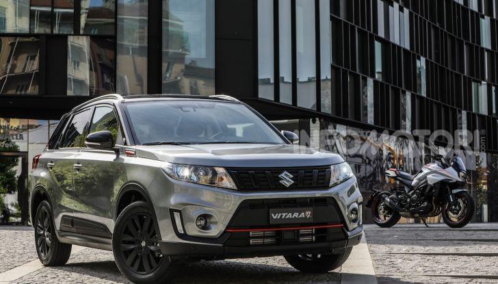 Suzuki Vitara Katana: la jeep ispirata a un'icona delle due ruote - Foto 9 di 11