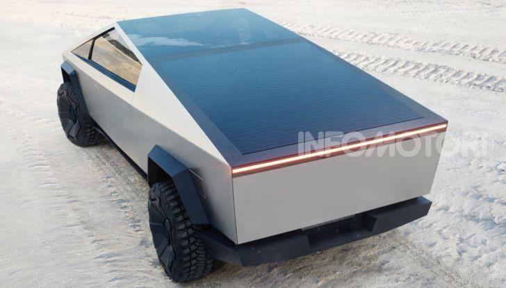 Tesla Cybertruck: il pick-up elettrico tagliato col machete - Foto 8 di 10