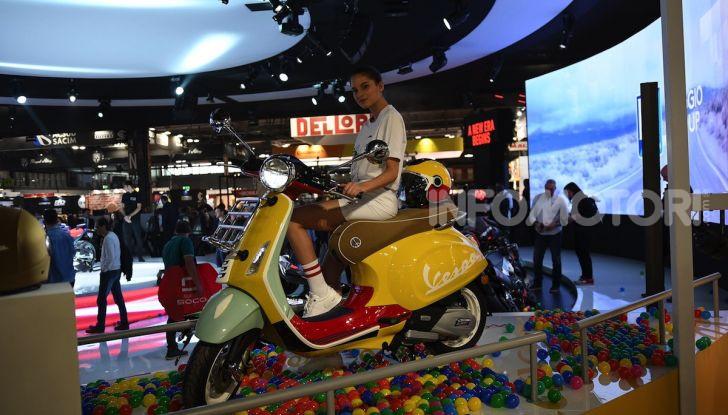 [VIDEO] EICMA 2019, tutte le novità di Piaggio, Vespa, Aprilia e Moto Guzzi - Foto 29 di 57