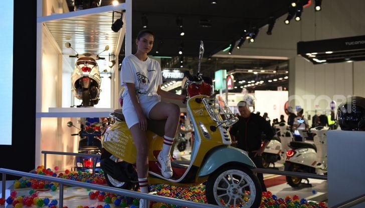 [VIDEO] EICMA 2019, tutte le novità di Piaggio, Vespa, Aprilia e Moto Guzzi - Foto 30 di 57