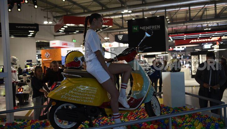 [VIDEO] EICMA 2019, tutte le novità di Piaggio, Vespa, Aprilia e Moto Guzzi - Foto 31 di 57