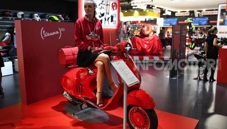 [VIDEO] EICMA 2019, tutte le novità di Piaggio, Vespa, Aprilia e Moto Guzzi - Foto 35 di 57