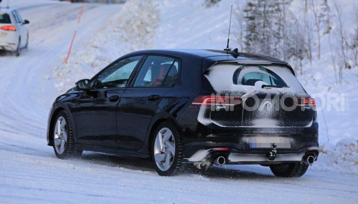 Volkswagen Golf 8 GTI 2020, immagini e dati tecnici - Foto 7 di 9