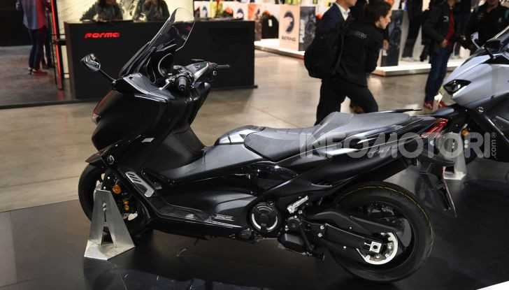 [VIDEO] Yamaha: Tracer 700 e TMAX si prendono la ribalta a EICMA 2019 - Foto 3 di 30