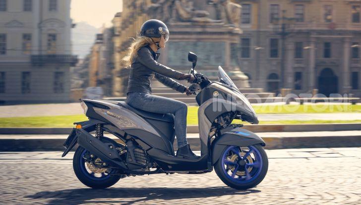 Yamaha dà il via al noleggio mensile dello scooter - Foto 10 di 13