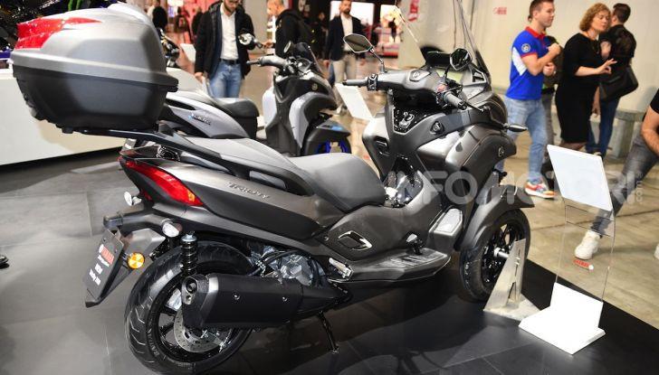 [VIDEO] Yamaha: Tracer 700 e TMAX si prendono la ribalta a EICMA 2019 - Foto 20 di 30