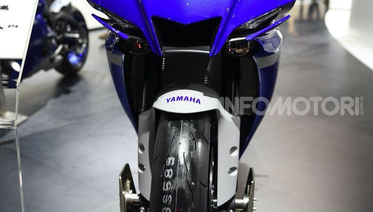 [VIDEO] Yamaha: Tracer 700 e TMAX si prendono la ribalta a EICMA 2019 - Foto 26 di 30