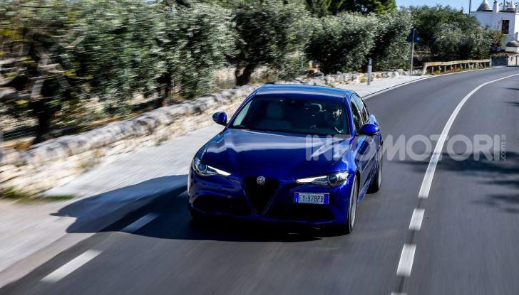 Alfa Romeo Giulia MY2020 prova su strada, motori e prezzi: la rivoluzione parte dall'interno - Foto 6 di 21