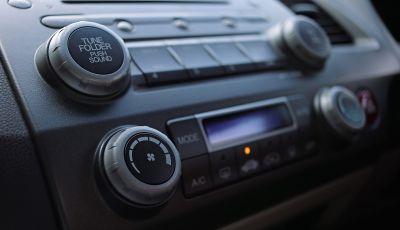 Frequenze Radio Italia: come ascoltarla in streaming in automobile