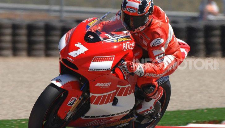 """MotoGP: tutti i Campioni messi """"fuori gioco"""" da Valentino Rossi - Foto 8 di 17"""