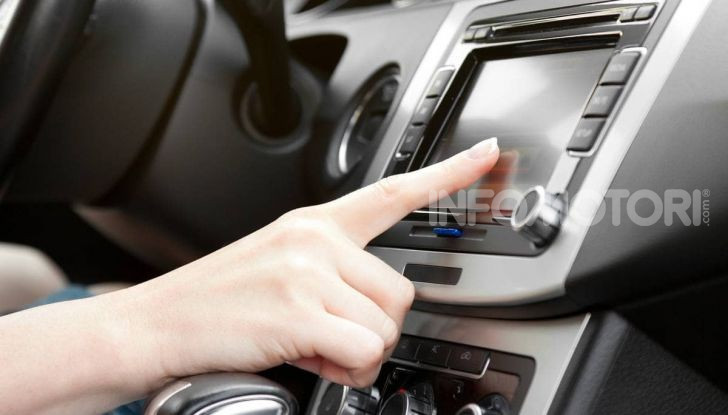 Frequenze Radio Italia: come ascoltarla in streaming in automobile - Foto 9 di 9