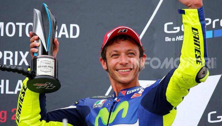 """MotoGP: tutti i Campioni messi """"fuori gioco"""" da Valentino Rossi - Foto 1 di 17"""