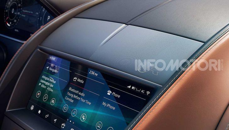 Jaguar F-Type 2020: più affilata, moderna e potente - Foto 11 di 16