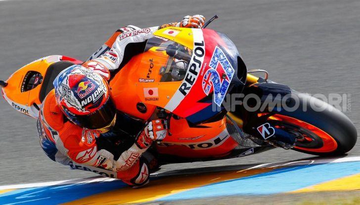 """MotoGP, problemi per Casey Stoner: """"Non ho più energia"""" - Foto 7 di 8"""