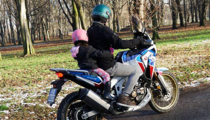 Bambini in moto e scooter, tutte le regole ed a quanti anni si può iniziare - Foto 2 di 12