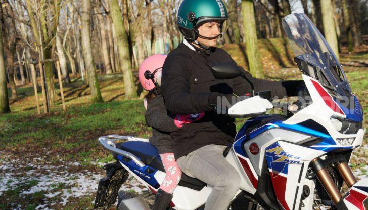 Bambini in moto e scooter, tutte le regole ed a quanti anni si può iniziare - Foto 4 di 12