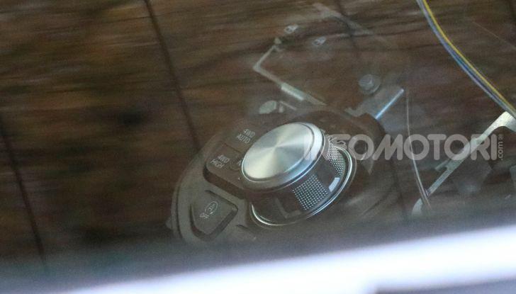 Fiat 500 elettrica, test drive e dati tecnici - Foto 9 di 28