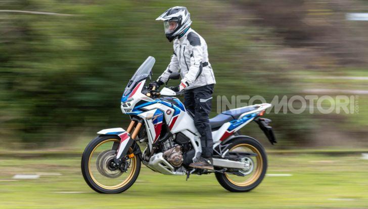 Prova Honda Africa Twin 1100 DCT Adventure Sports 2020: caratteristiche e prezzo - Foto 1 di 63