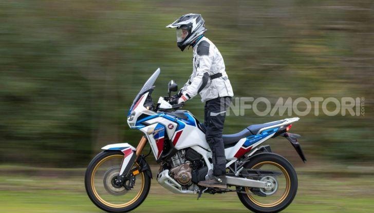 Prova Honda Africa Twin 1100 DCT Adventure Sports 2020: caratteristiche e prezzo - Foto 2 di 63