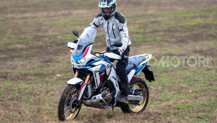 Prova Honda Africa Twin 1100 DCT Adventure Sports 2020: caratteristiche e prezzo - Foto 14 di 63