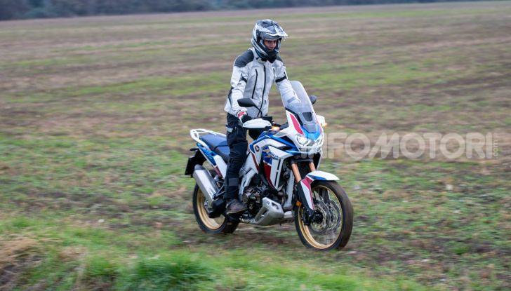 Prova Honda Africa Twin 1100 DCT Adventure Sports 2020: caratteristiche e prezzo - Foto 19 di 63