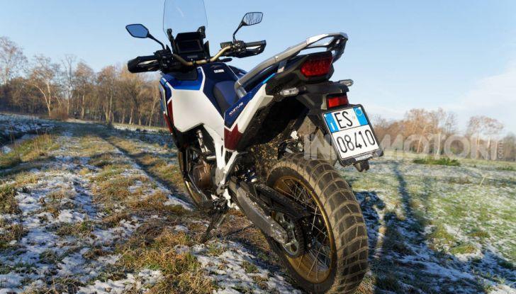 Prova Honda Africa Twin 1100 DCT Adventure Sports 2020: caratteristiche e prezzo - Foto 32 di 63