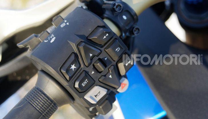 Prova Honda Africa Twin 1100 DCT Adventure Sports 2020: caratteristiche e prezzo - Foto 38 di 63