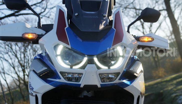 Prova Honda Africa Twin 1100 DCT Adventure Sports 2020: caratteristiche e prezzo - Foto 40 di 63