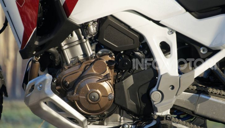 Prova Honda Africa Twin 1100 DCT Adventure Sports 2020: caratteristiche e prezzo - Foto 49 di 63