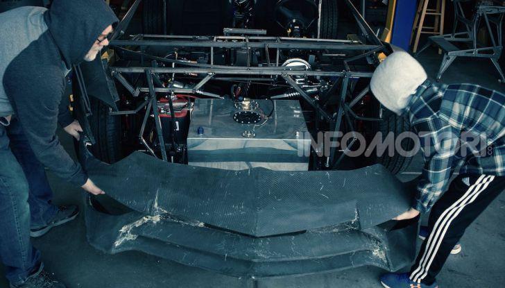Lamborghini Aventador, il regalo di natale per padre e figlio appassionati - Foto 2 di 20