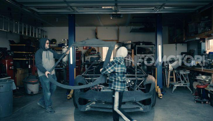 Lamborghini Aventador, il regalo di natale per padre e figlio appassionati - Foto 19 di 20