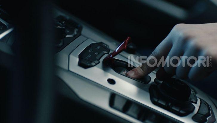 Lamborghini Aventador, il regalo di natale per padre e figlio appassionati - Foto 7 di 20