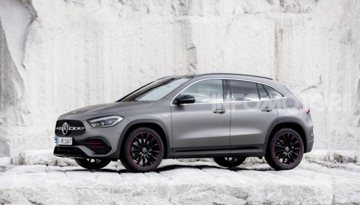 Nuova Mercedes GLA 2020: più spazio e sicurezza - Foto 15 di 19