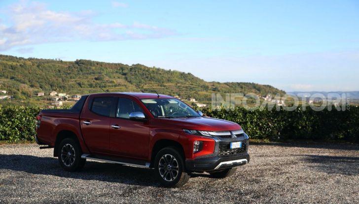 [VIDEO] Prova nuova Mitsubishi L200: il pickup veste da SUV per il 2020 - Foto 6 di 41