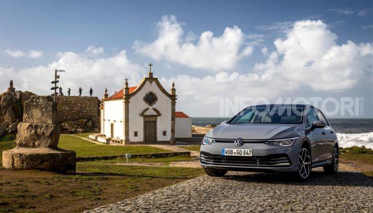 Nuova Volkswagen Golf 8: prova su strada, motori e prezzi - Foto 16 di 22
