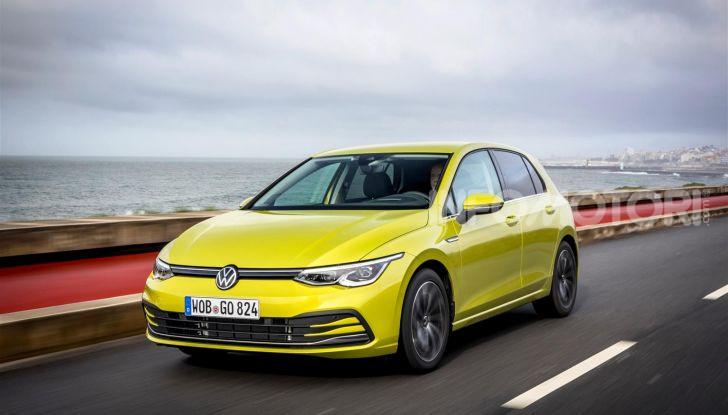 Nuova Volkswagen Golf 8: prova su strada, motori e prezzi - Foto 22 di 22