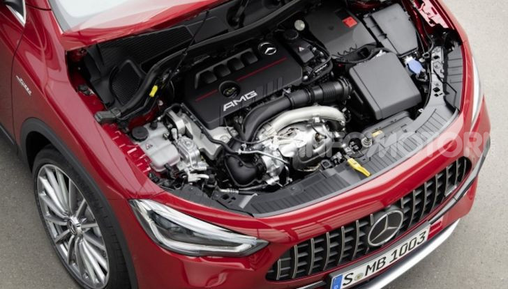 Nuovo Mercedes-AMG GLA 35 4MATIC: prestazioni senza rinunciare al comfort - Foto 1 di 11