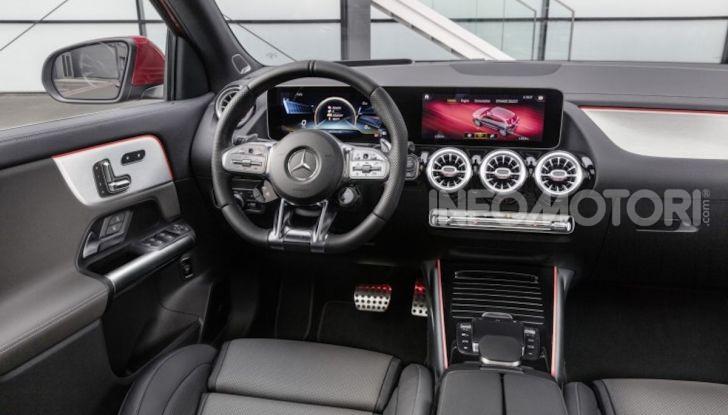 Nuovo Mercedes-AMG GLA 35 4MATIC: prestazioni senza rinunciare al comfort - Foto 11 di 11