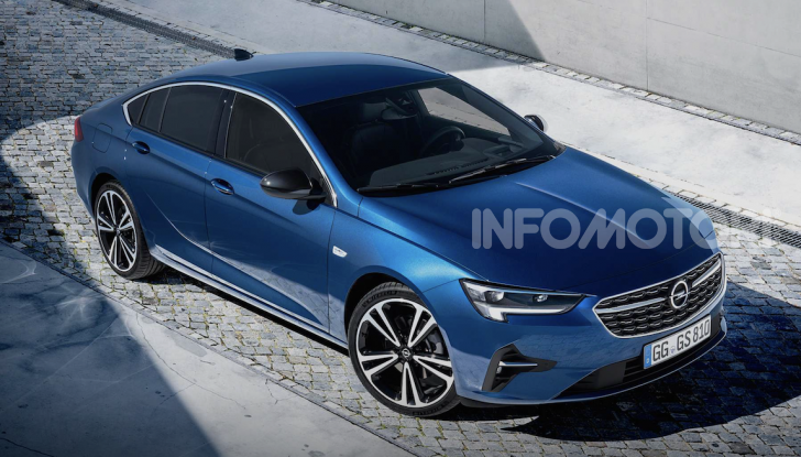 Opel Insignia: più tecnologica dopo il restyling - Foto 3 di 7