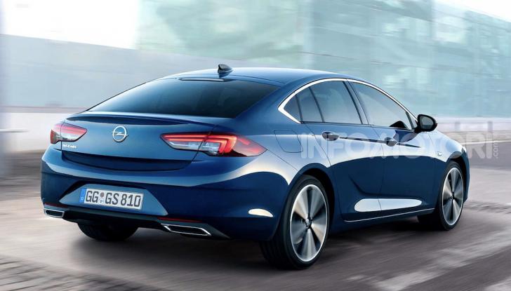 Opel Insignia: più tecnologica dopo il restyling - Foto 5 di 7