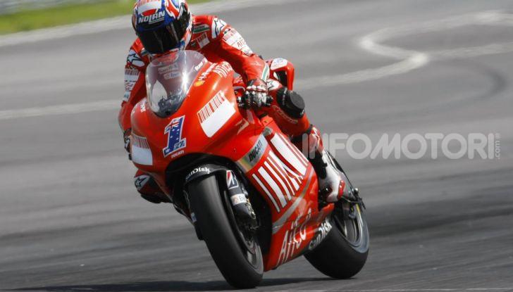 """MotoGP, problemi per Casey Stoner: """"Non ho più energia"""" - Foto 5 di 8"""