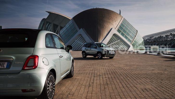 Fiat Panda Easy Hybrid: linee morbide, tanto spazio e poche emissioni - Foto 13 di 16