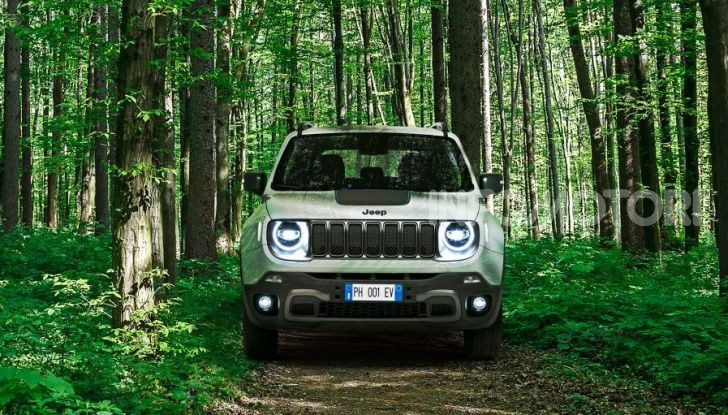 "Jeep Renegade e Compass ibride plug-in 4xe ""First Edition"" - Foto 2 di 19"