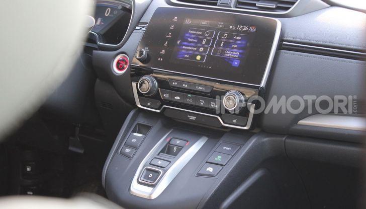 Prova nuovo Honda CR-V: il SUV compatto re dei consumi - Foto 12 di 30