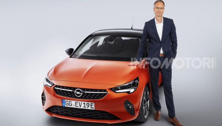 """Con Opel la """"Città Elettrica"""" è realtà: installate 350 colonnine - Foto 1 di 4"""