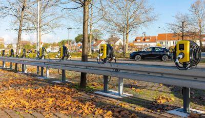 """Con Opel la """"Città Elettrica"""" è realtà: installate 350 colonnine"""