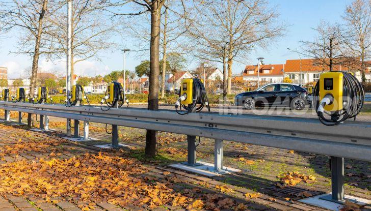 """Con Opel la """"Città Elettrica"""" è realtà: installate 350 colonnine - Foto 4 di 4"""