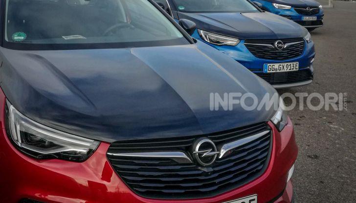 Prova Opel Grandland X Hybrid4, il SUV ecologico per andare ovunque - Foto 8 di 15