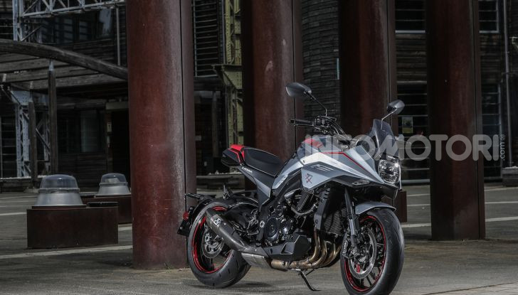 """Suzuki Katana 7584: una moto davvero """"special"""" - Foto 2 di 6"""