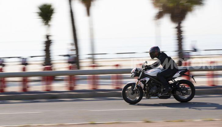 Il 2020 di Triumph si apre col lancio della nuova Street Triple S - Foto 15 di 35